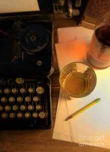 2-typewriter-and-whiskey-jill-battaglia