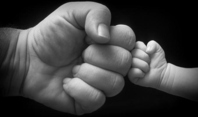Baby Fistbump