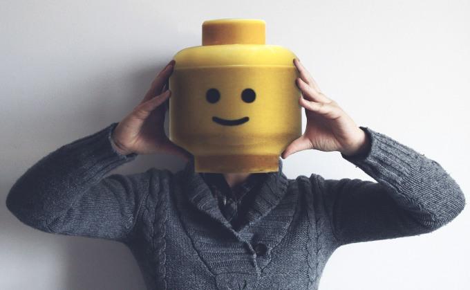 Losing head Lego